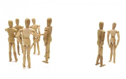 2グループの人形